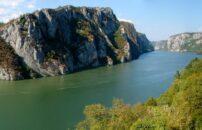Rajačke pimnice i krstarenje Đerdapom Dunav